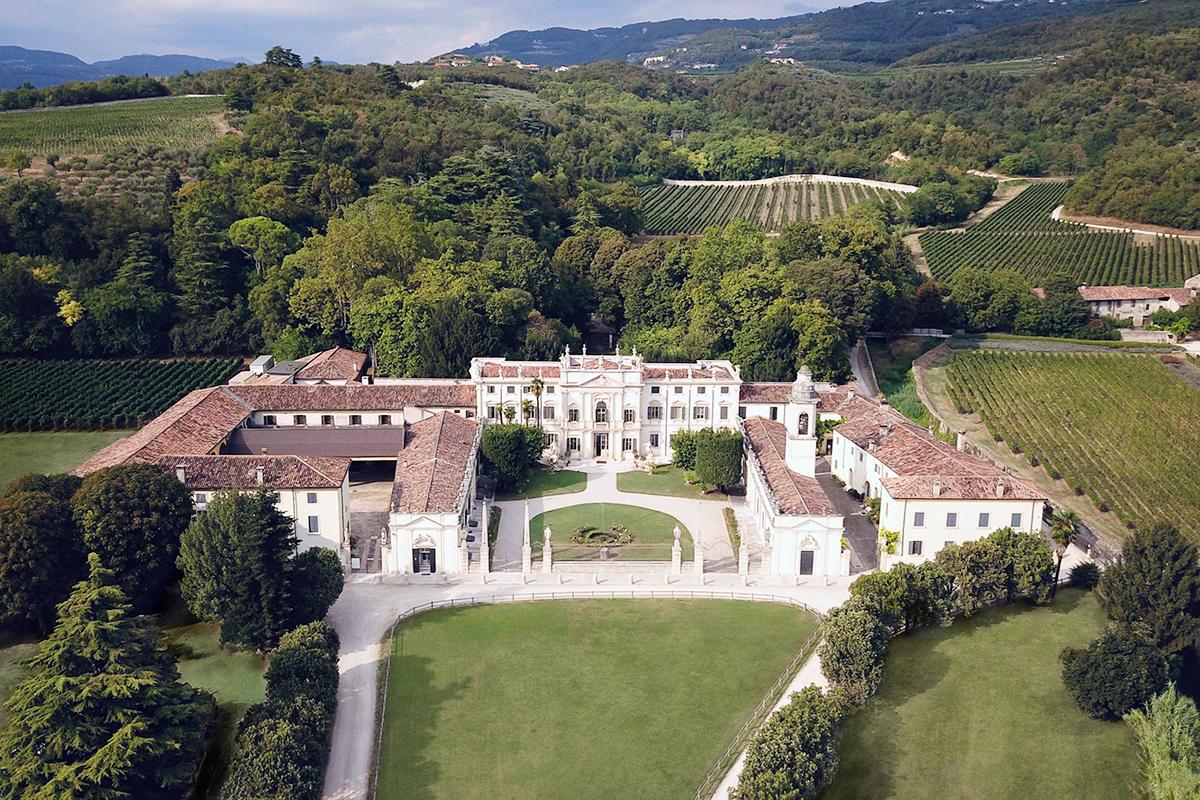 Villa_Mosconi_Bertani_and_Amarone_della_Valpolicella_Classico